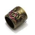 Conta Metal Tubo Flores - Dourado Velho (10 mm)