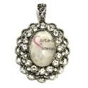 Pendente Metal Oval Pedra Lua com Brilhantes - Prateado (52 x 45 mm)
