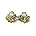 Brincos Flor Leque Branco Opal - Dourado