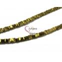 Fiada de Quadradinhos Hematites - Dourado Hematite (4x1mm) - [380unds]
