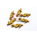 Pendente Zamak Mate Cavalo Marinho (20x10mm) - Dourado