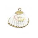 Pendente Concha Branco Mesclado - Rebordo Dourado (22mm)